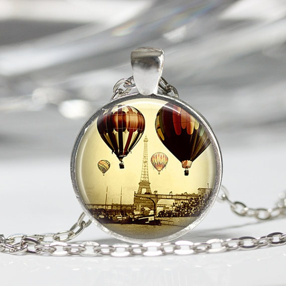 Eiffel-Tower-Necklace-Paris-Jewelry-Travel-Hot-Air-Balloons-France-Art-Pendant-Bronze-or-Silver-Plated